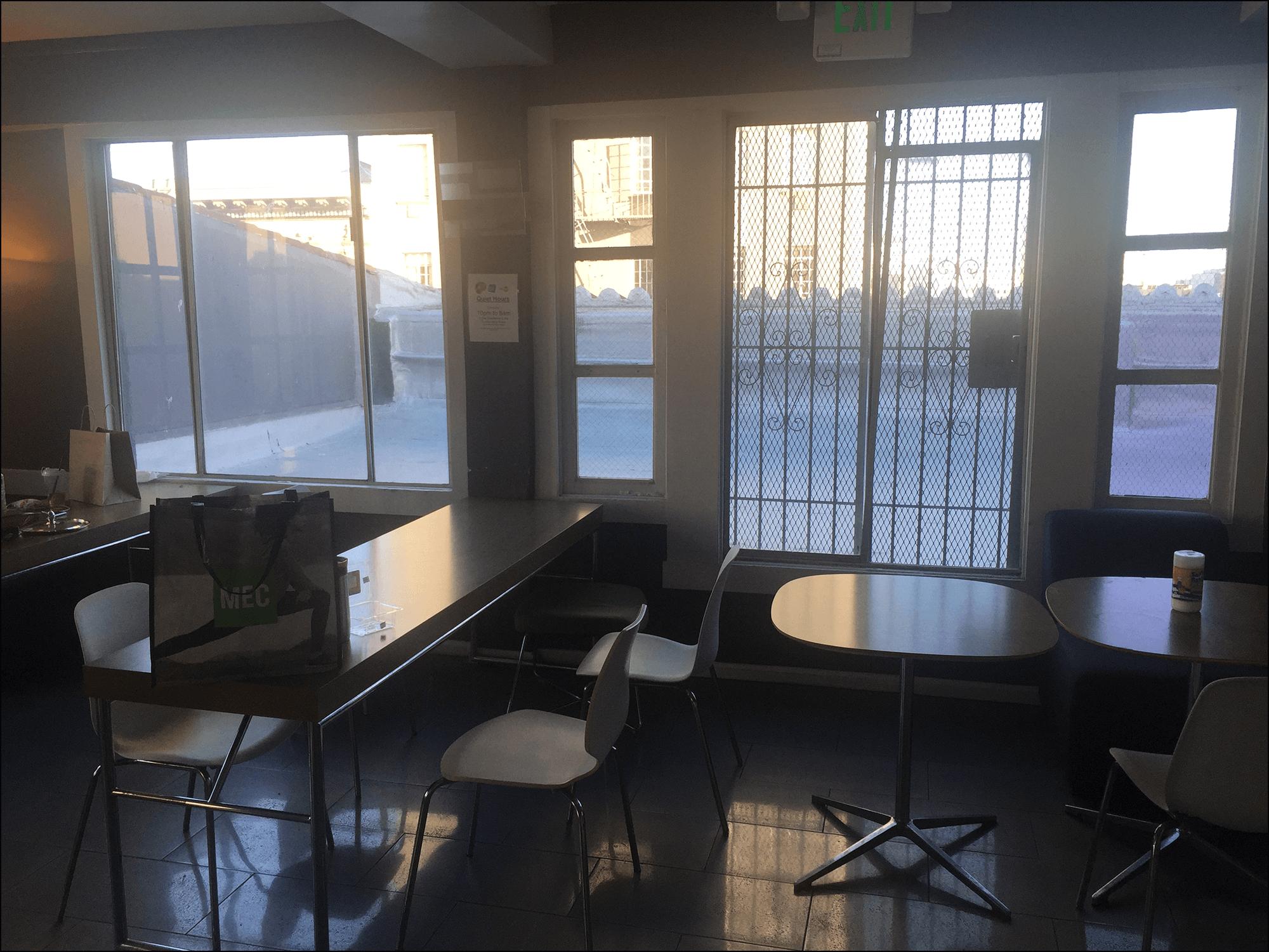 Essensraum in the Hub Campus EF
