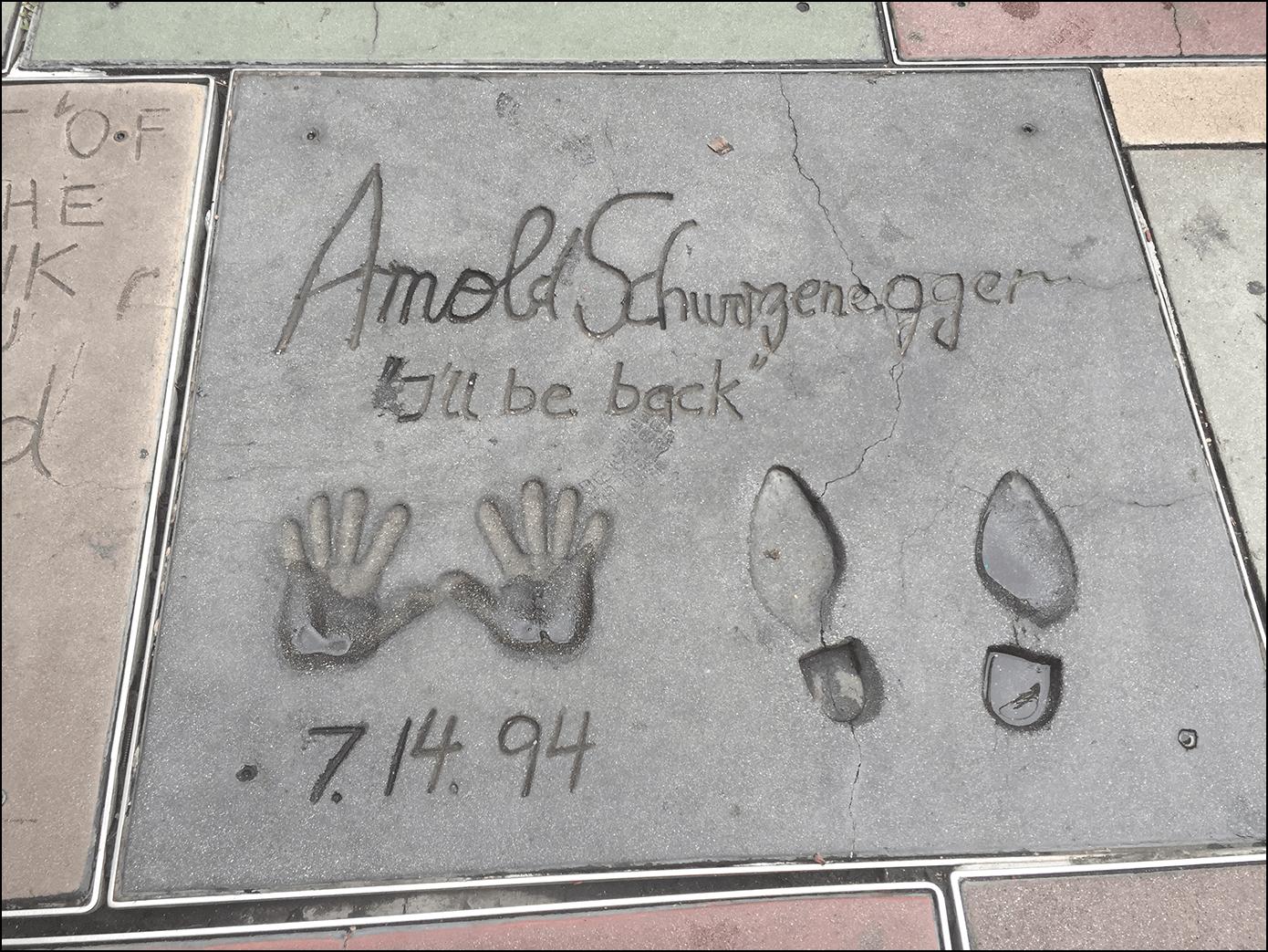 Hand und Fussabdruck von Arnold Schwarzenegger Walk of Fame