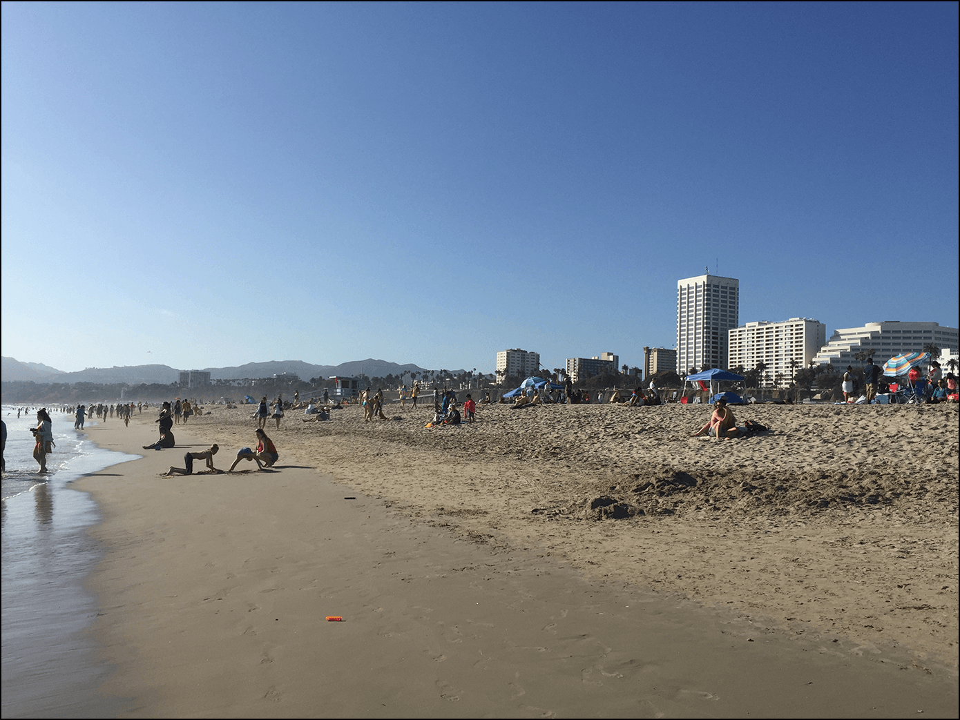 Der Strand Santa Monica Beach in Los Angeles